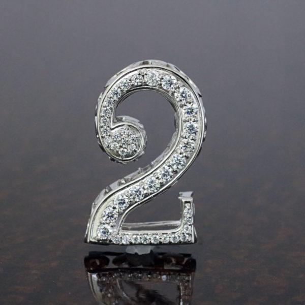 ミラクルナンバーペンダント「2」