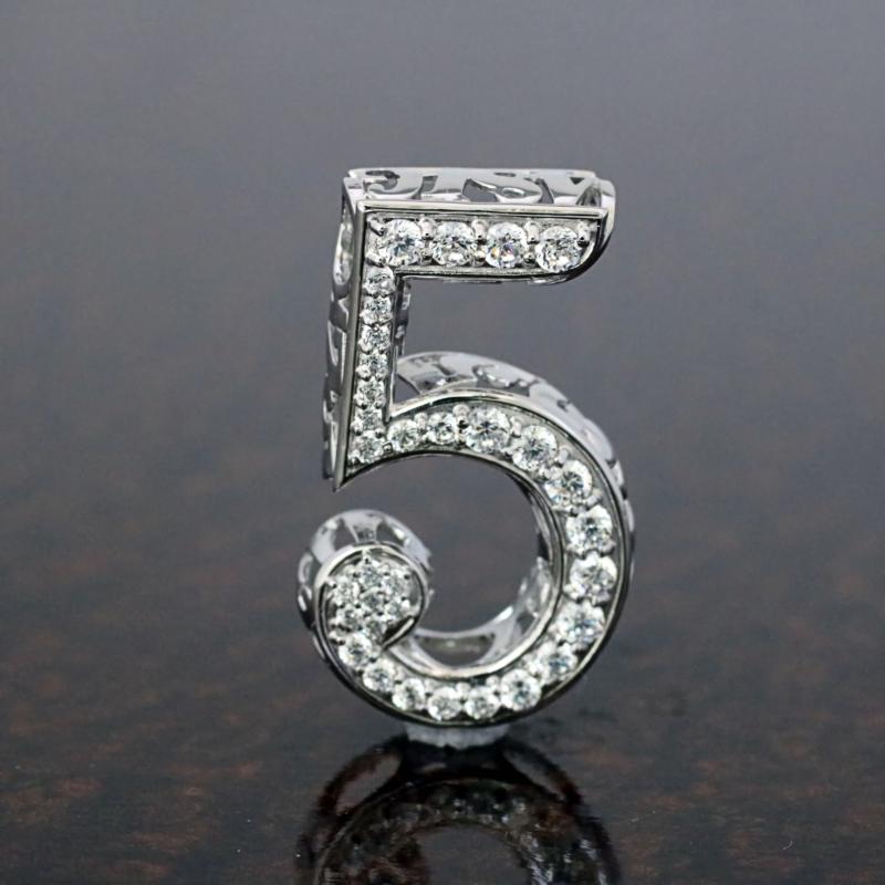 ミラクルナンバーペンダント「5」